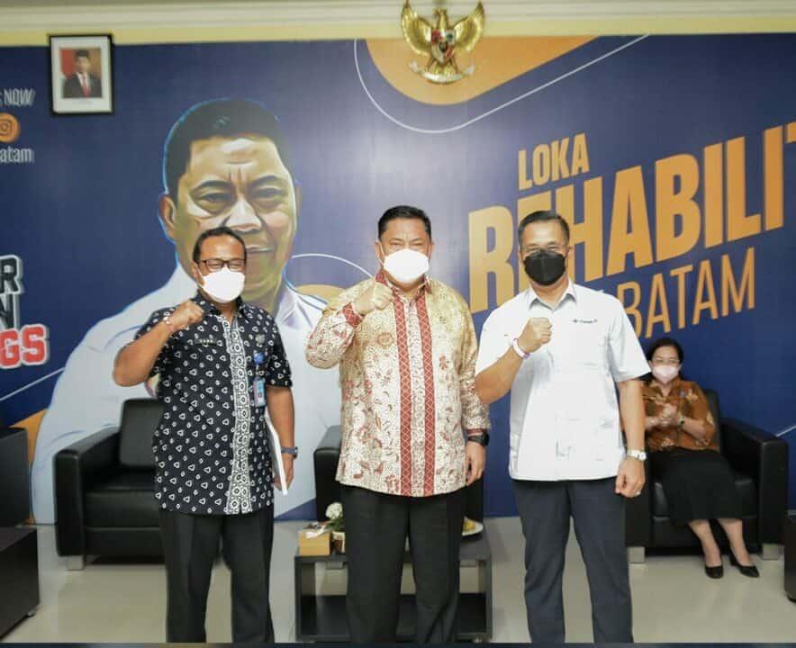 PT Timah Tbk Wilayah Operasional Riau dan Kepri Serahkan CSR Kepada Loka Rehabilitasi BNN Batam Dihadapan Jendral Petrus Golose